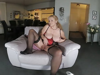 LYDIA - hot blond explosion...