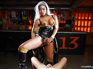 Stunning superheroine transfers her powers to you through her twat