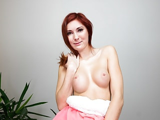 Hot redhead vixen just wants you to eat her love taco
