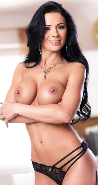 Shalina Devine Porno