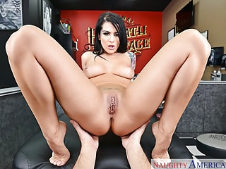 Inked hottie wants for your tattoo gun to spray white ink inside of her damp studio